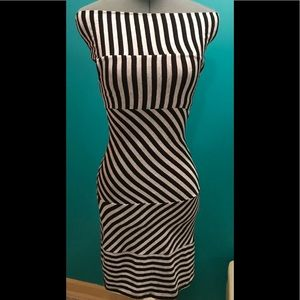 GUESS Off-Shoulder Striped Bodycon Dress